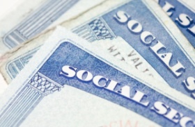 File:Social Security Cards.jpg