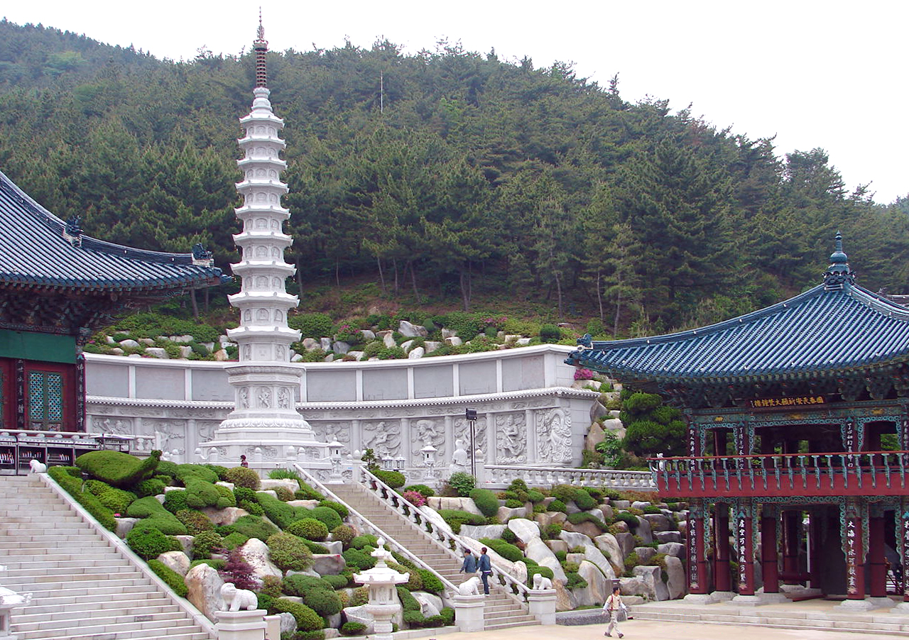 Busan South Korea  city images : South Korea Busan Samgwangsa Daebotap 3261 06 Wikimedia ...