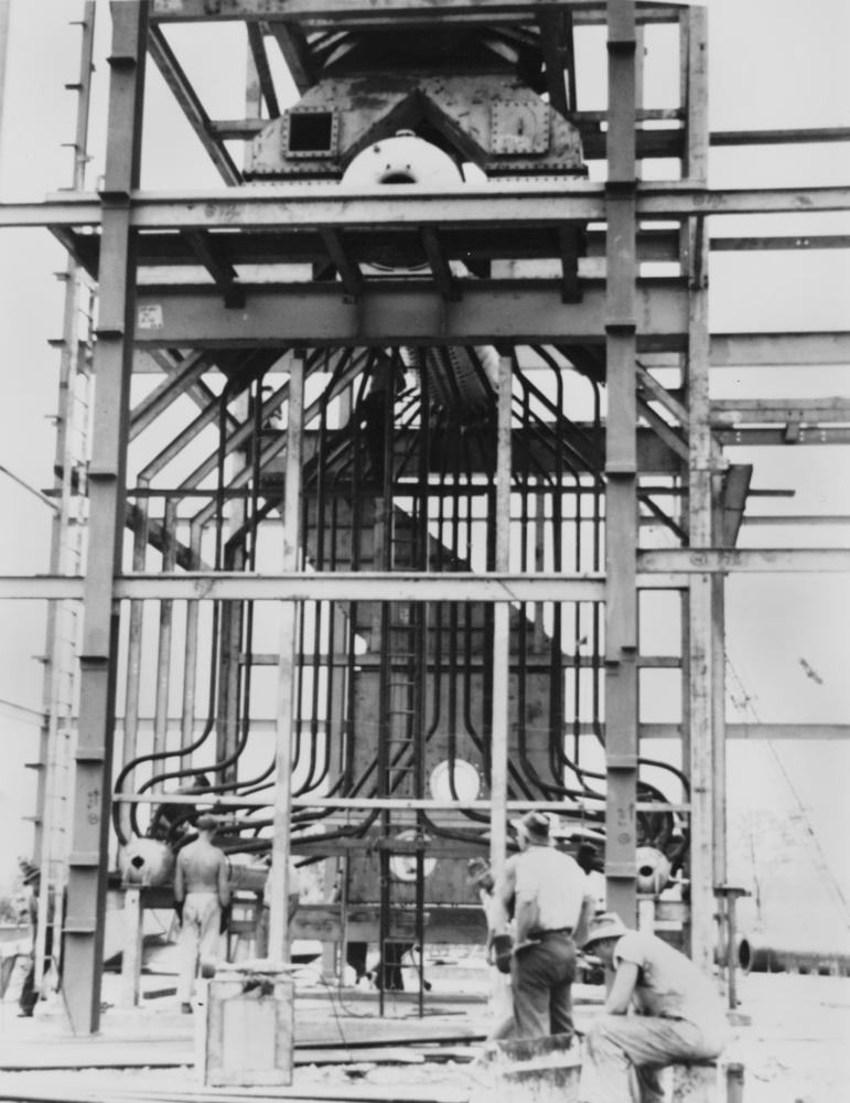 File:StateLibQld 1 130139 Installing the boilers during construction ...