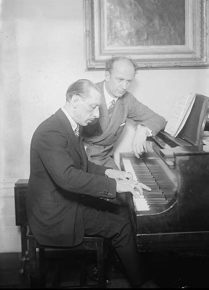 Stravinsky with Wilhelm Furtwängler, German conductor and composer. Stravinsky and Fulwaagder at piano.jpg