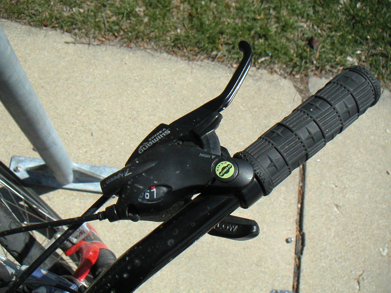 Bike Gear Shifting below the bar shifter with