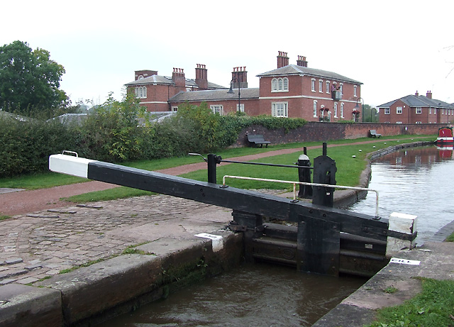 Trent and Mersey Canal, Stone, Staffordshire - geograph.org.uk - 599998