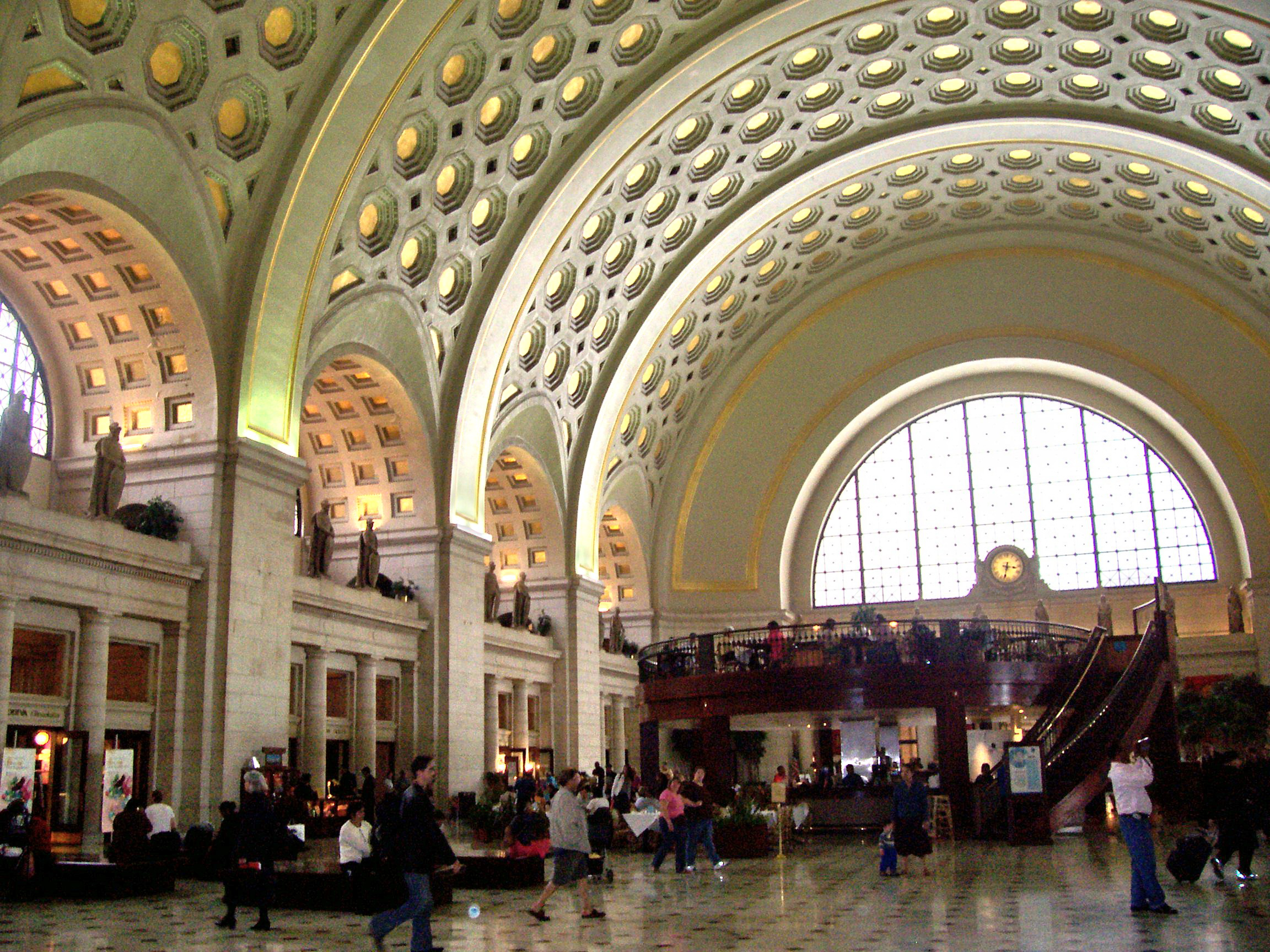 Central Station New York Food Court