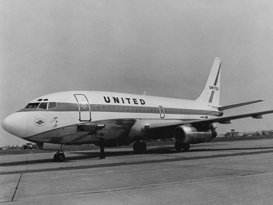 United Airlines Flight 553 - Wikipedia