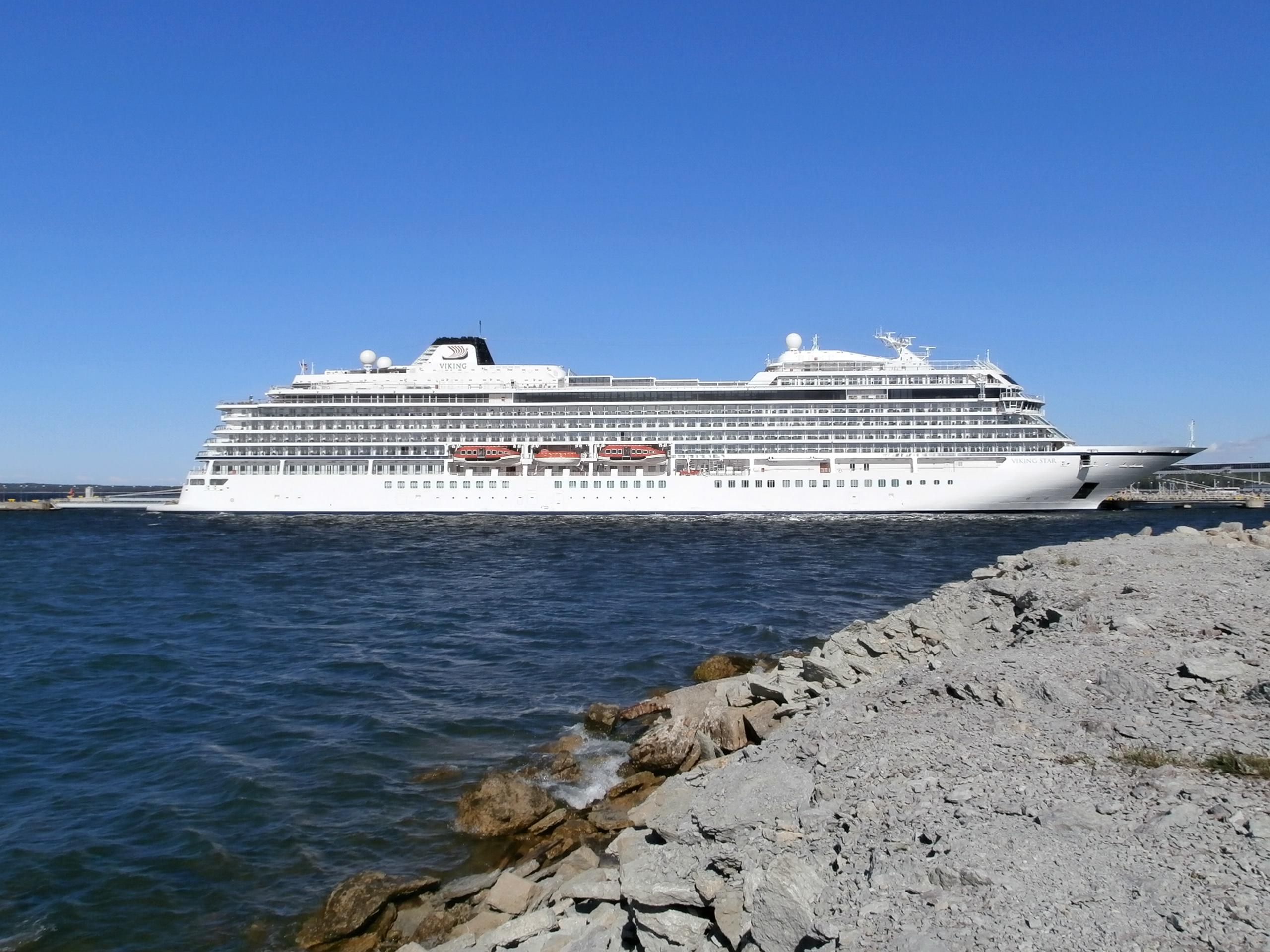 FileViking Star Starboard Side Port Of Tallinn June JPG - Port or starboard side of cruise ship