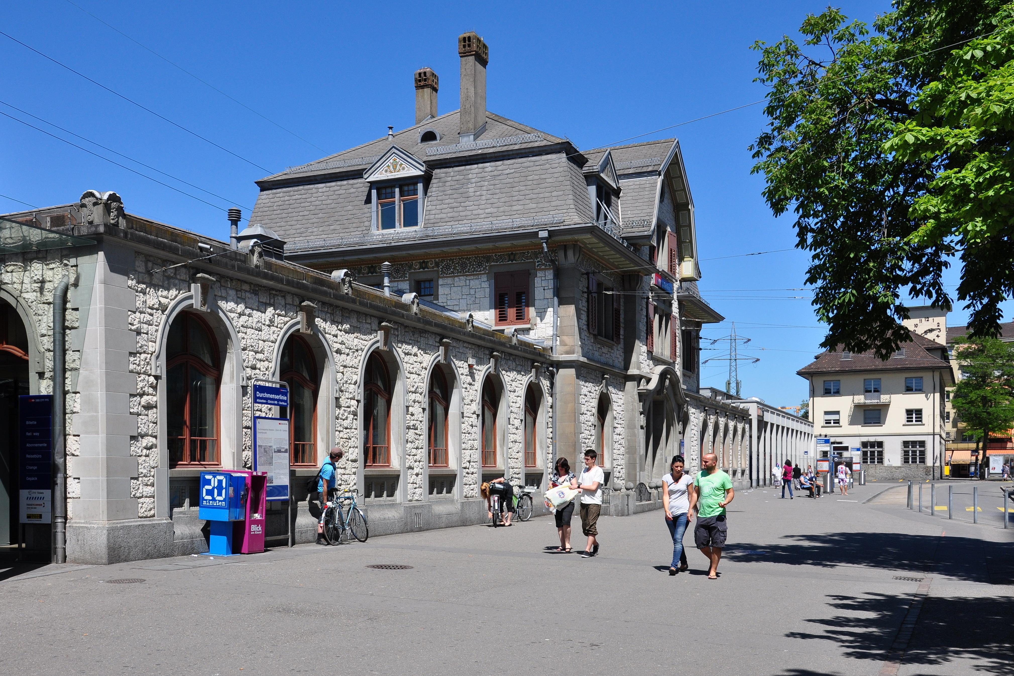 Z 252 Rich Oerlikon Railway Station Wikiwand