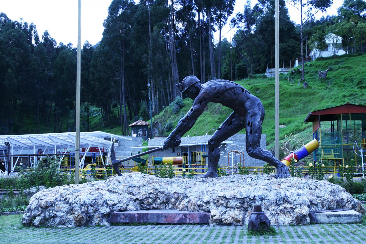 File:Zipaquira - Parque de la Sal (4).JPG - Wikimedia Commons
