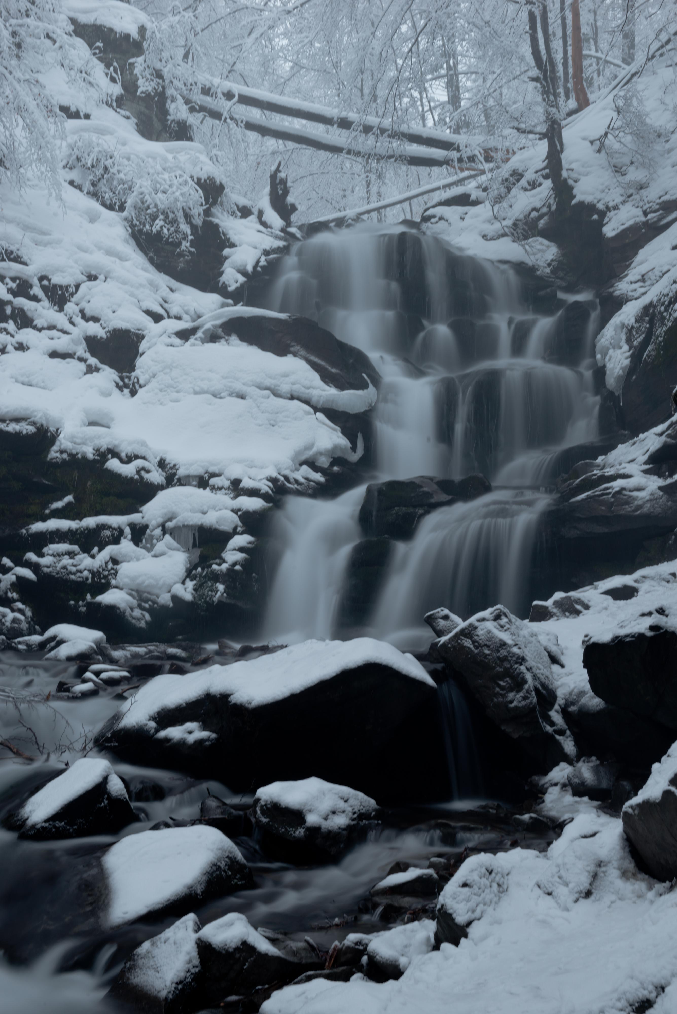 Картинки по запросу водоспад шипіт зимою