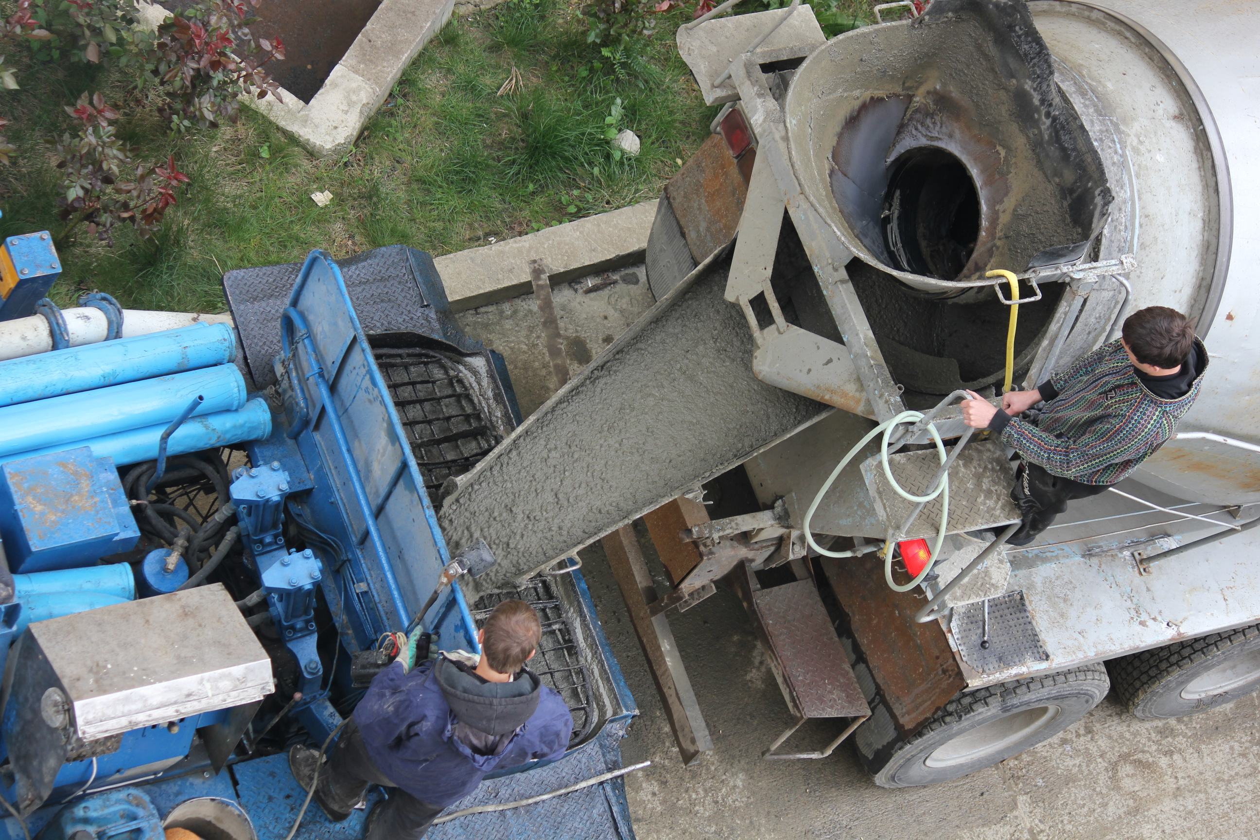 Бетон выгрузка состав бетонных смесей пластификаторов