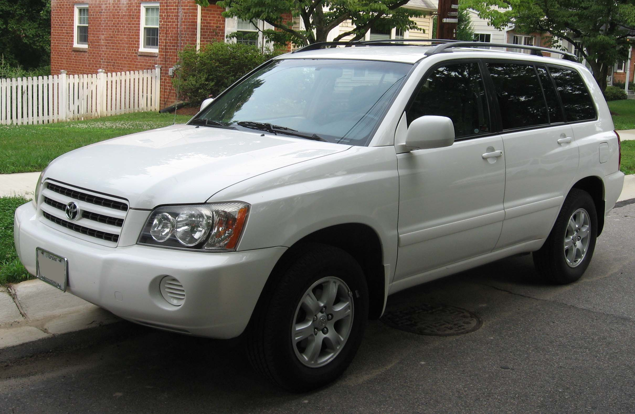 File:2001-03 Toyota Highlander.jpg - Wikimedia Commons