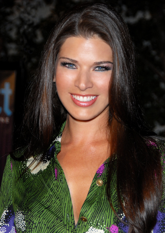 Pin Adrienne-janic-photoshoot-top-models on Pinterest