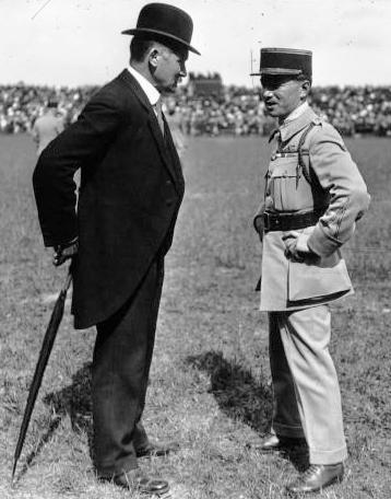 File:Albert Lebrun, René Fonck, 1918.jpg