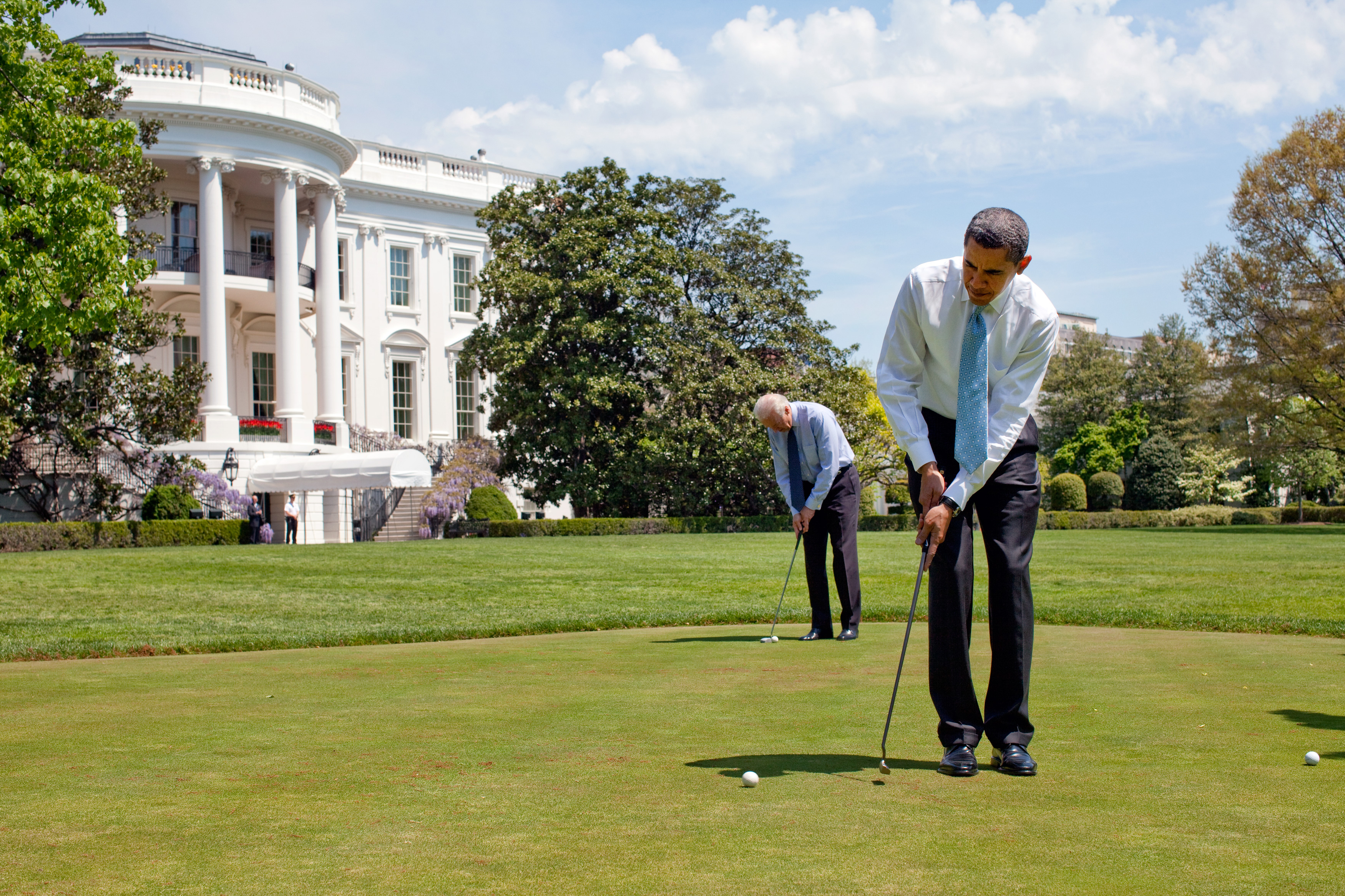 Brack Obama; Joe Biden; White House; Sun; Golf