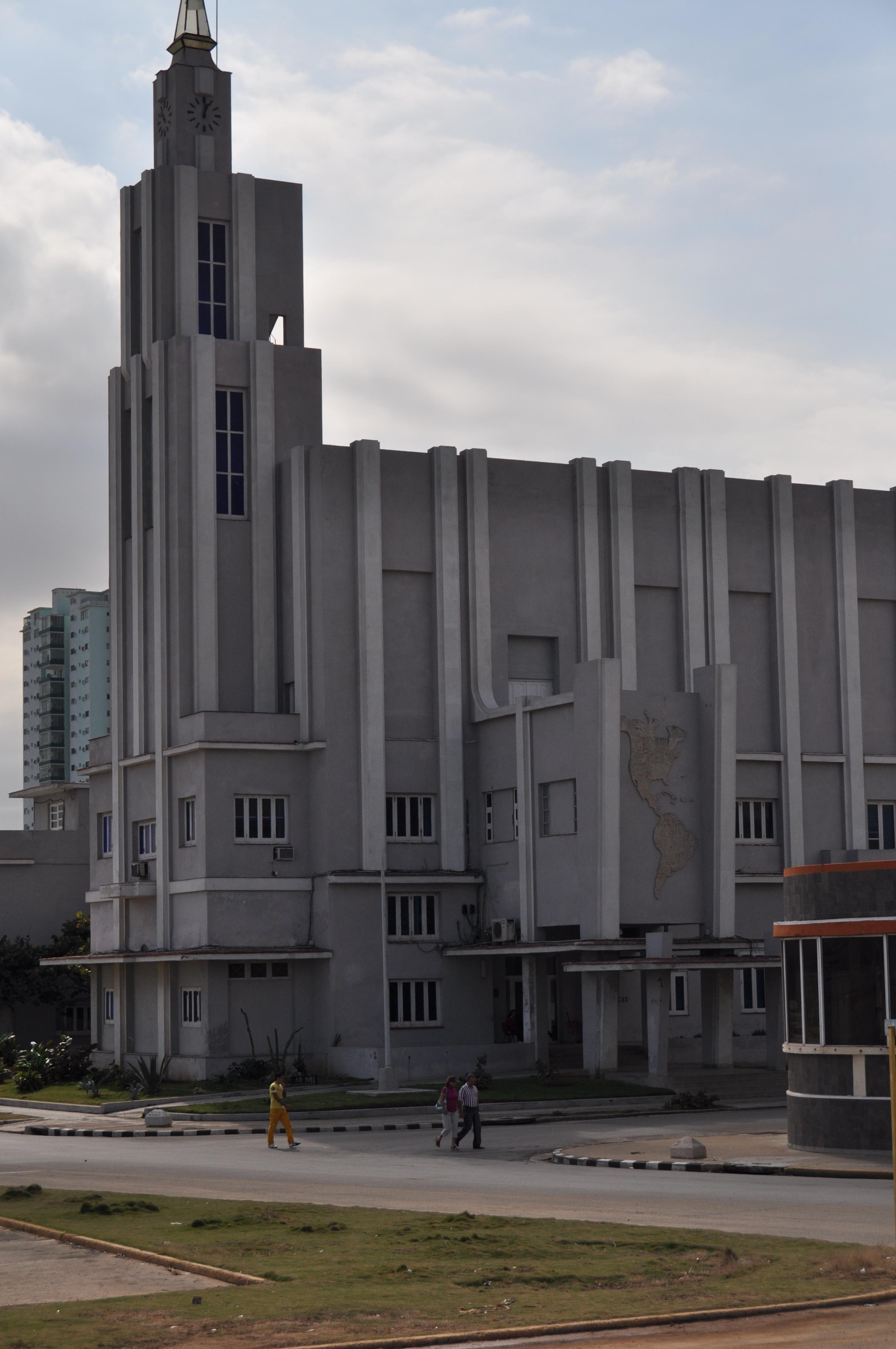 Edificio central de la Casa de las Américas, en el barrio El Vedado de La Habana.