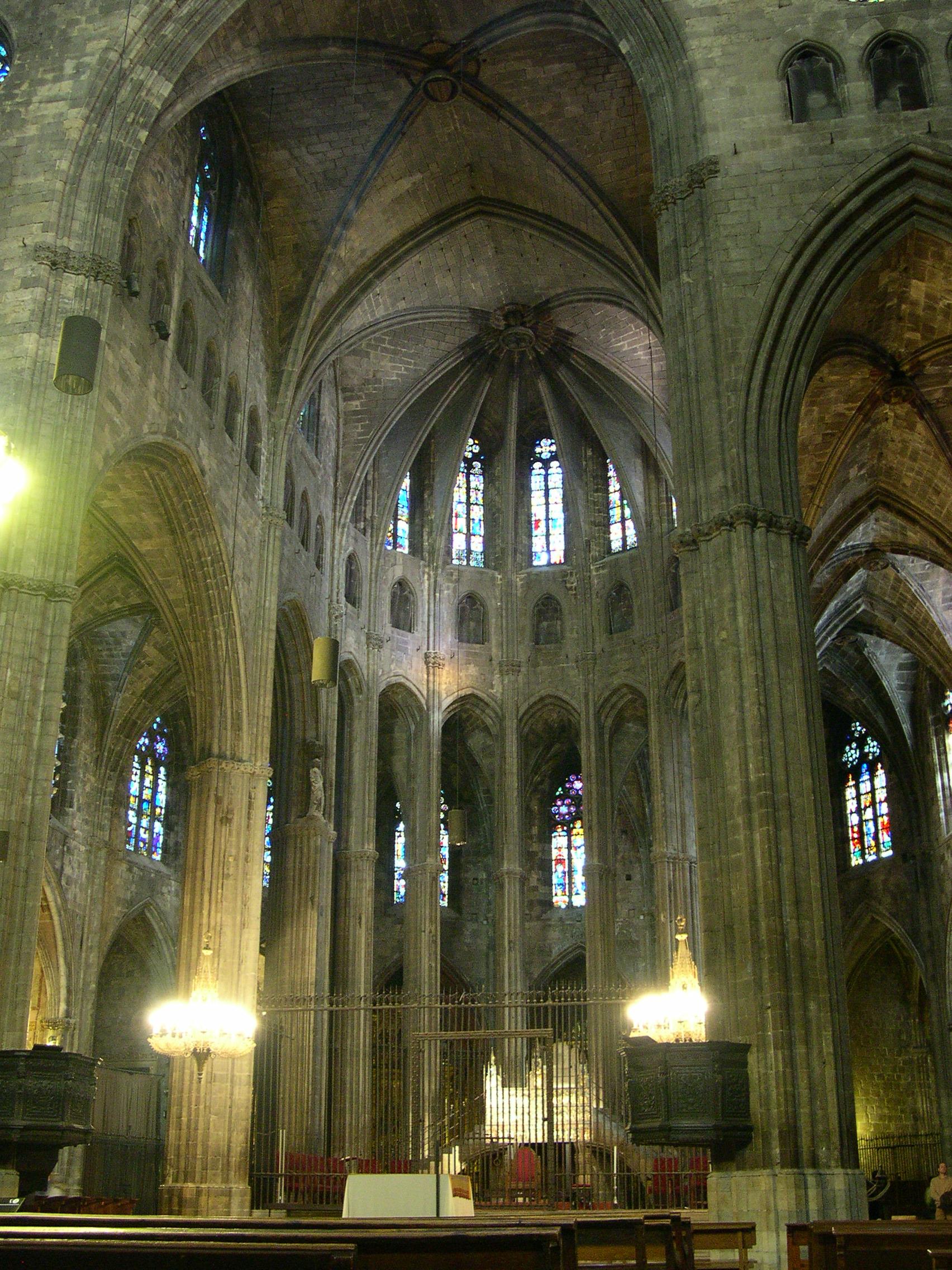 File Catedral De Girona Por Dentro Jpg Wikimedia Commons