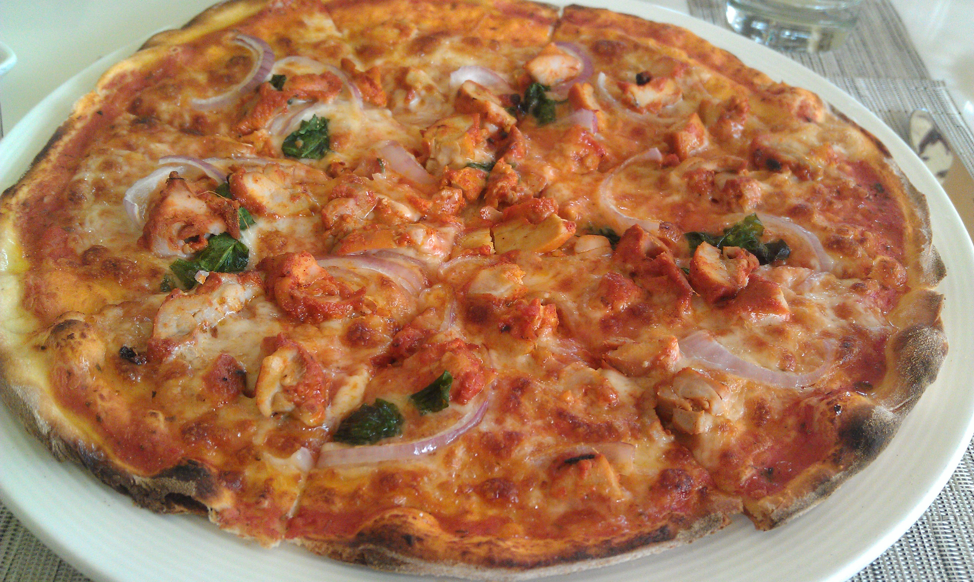 Chicken Tandoori Pizza File: chicken tandoori pizza . amazing..jpg ...