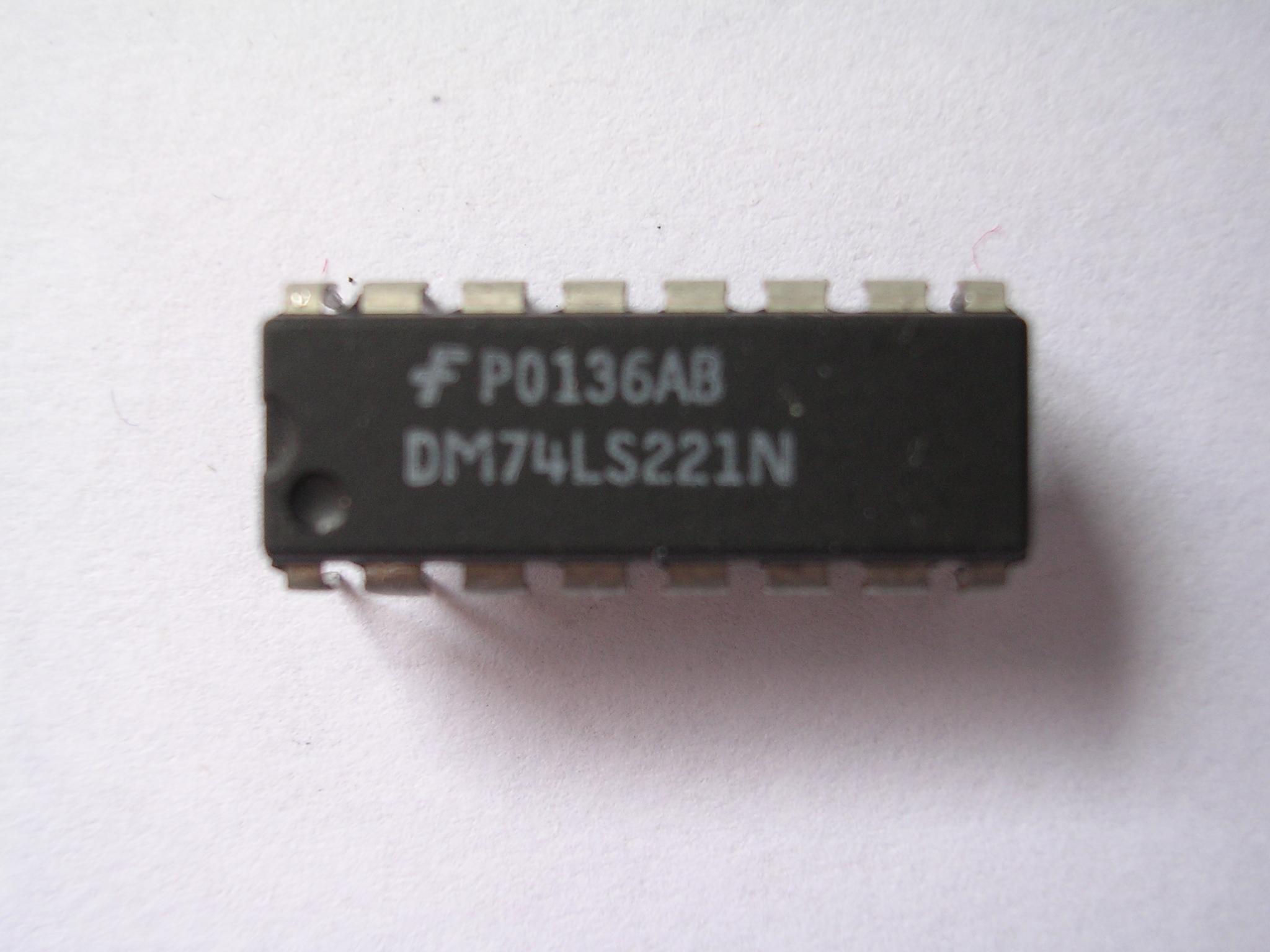 Circuito Integrado : File circuito integrado dm ls m g wikimedia commons