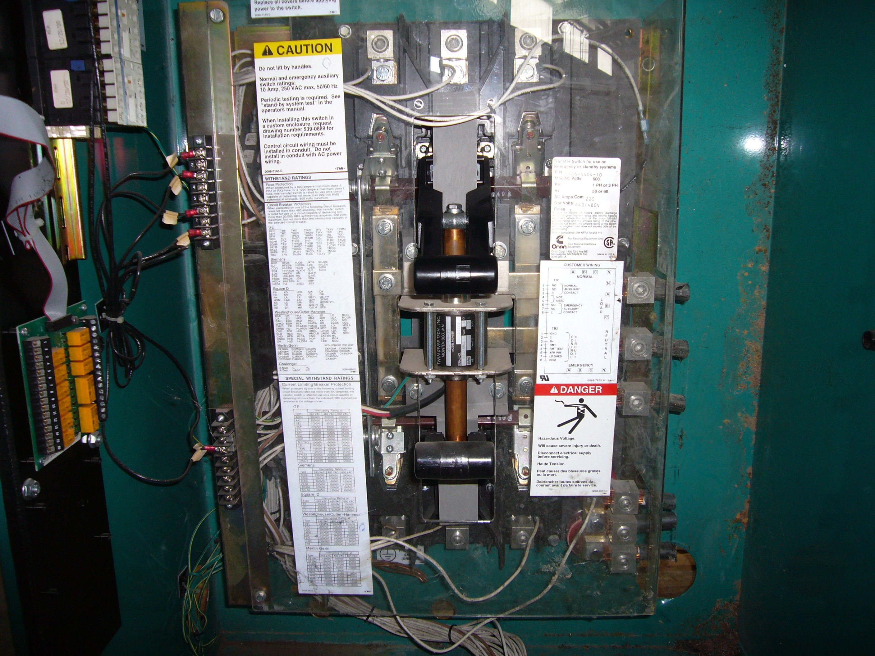 file cummins onan transfer switch model no otpcb 4494345 jpg rh commons wikimedia org onan generator transfer switch wiring diagram Generac Transfer Switch Wiring Diagram