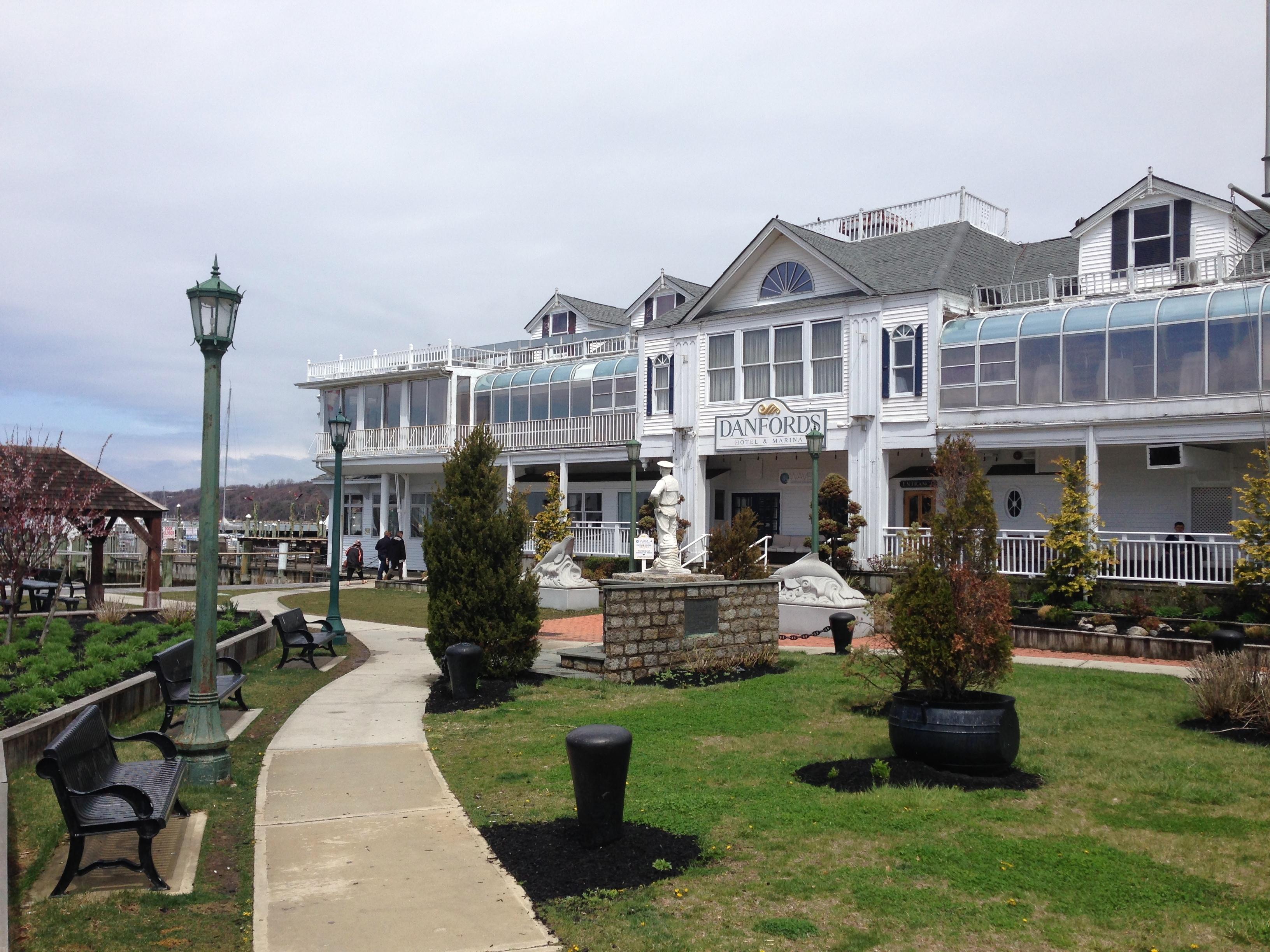 Hotels In Jefferson La