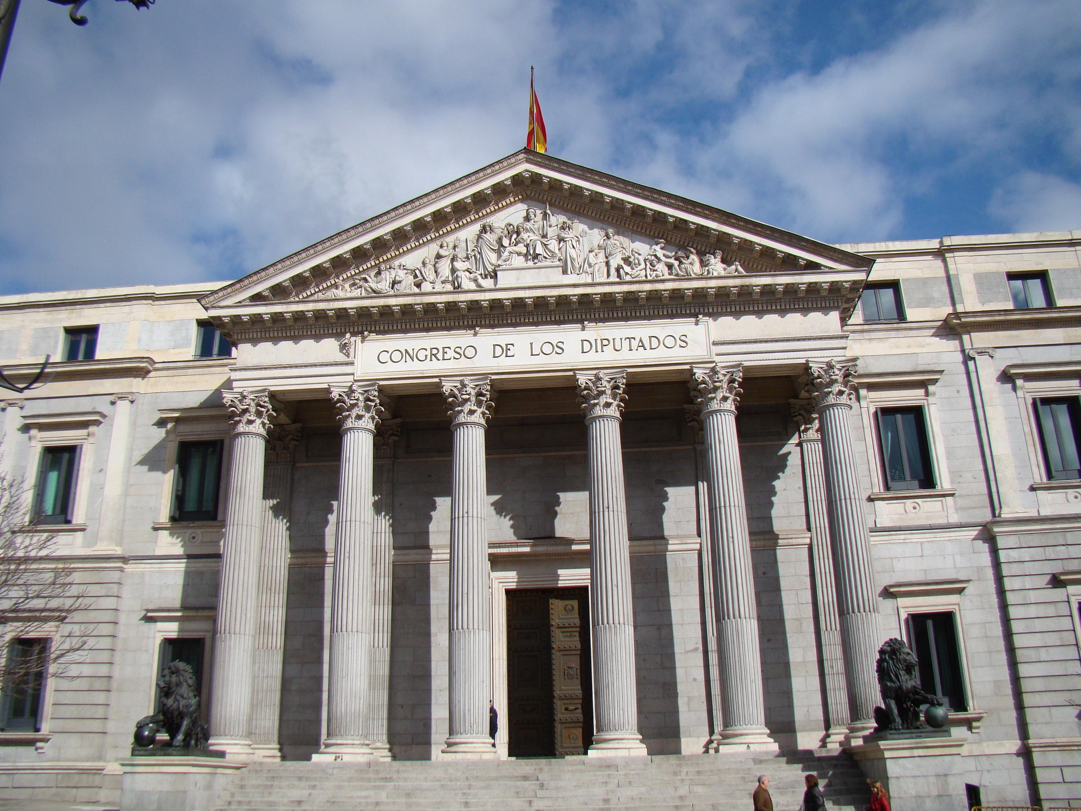 Resultado de imagen de palacio de la cortes madrid