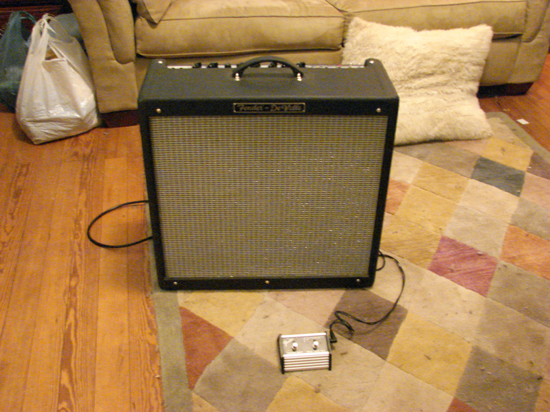 file fender hot rod deville 410 iii fender 2 button 3 function footswitch channel drive more. Black Bedroom Furniture Sets. Home Design Ideas