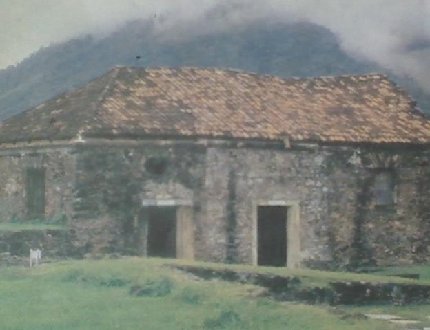 File:Fortaleza de-Santa Bárbara Trujillo, desde siglo XVII.jpg
