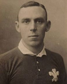 Fred Perrett Welsh rugby union and rugby league footballer