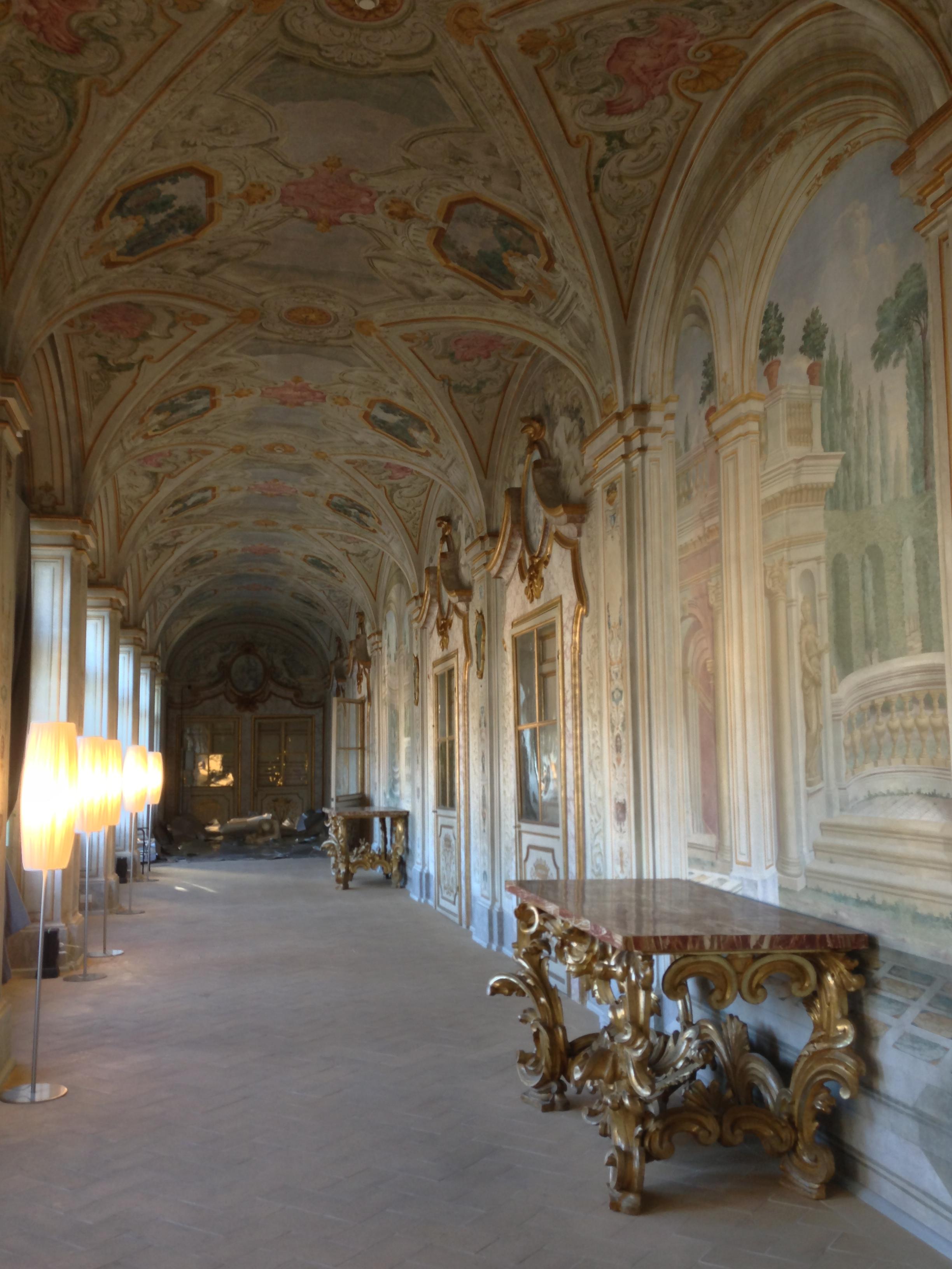 File galleria del piano nobile al primo piano del museo for Galleria del piano casa