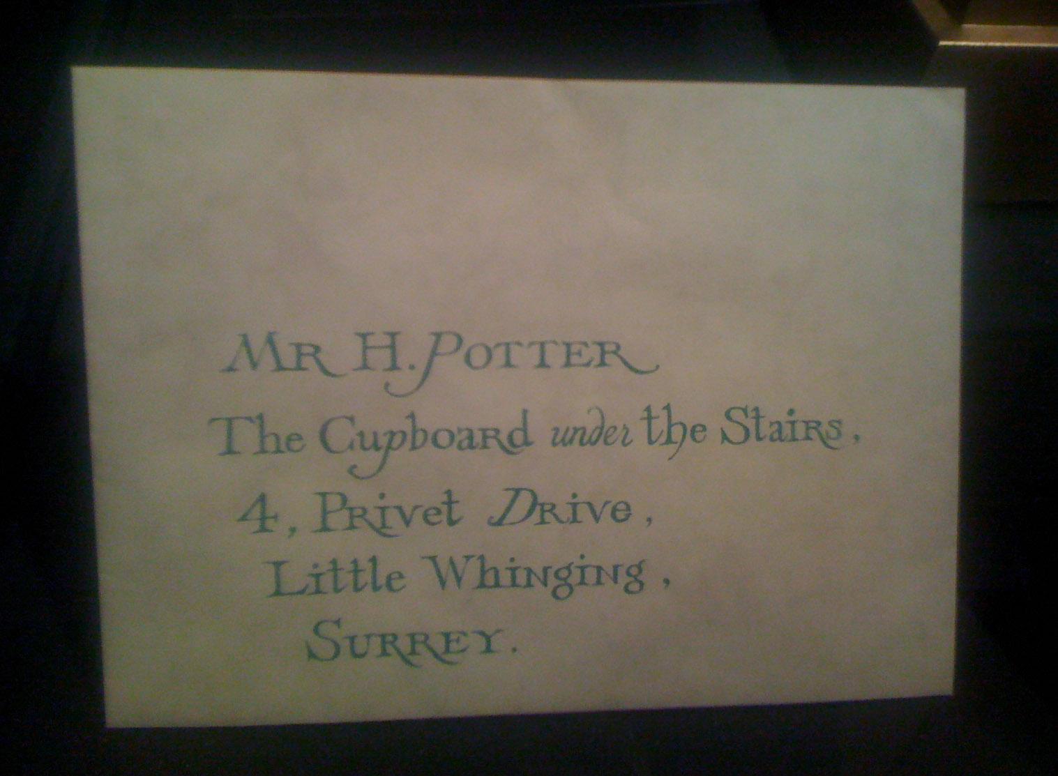 Lettre invitant Harry Potter à venir à Poudlard