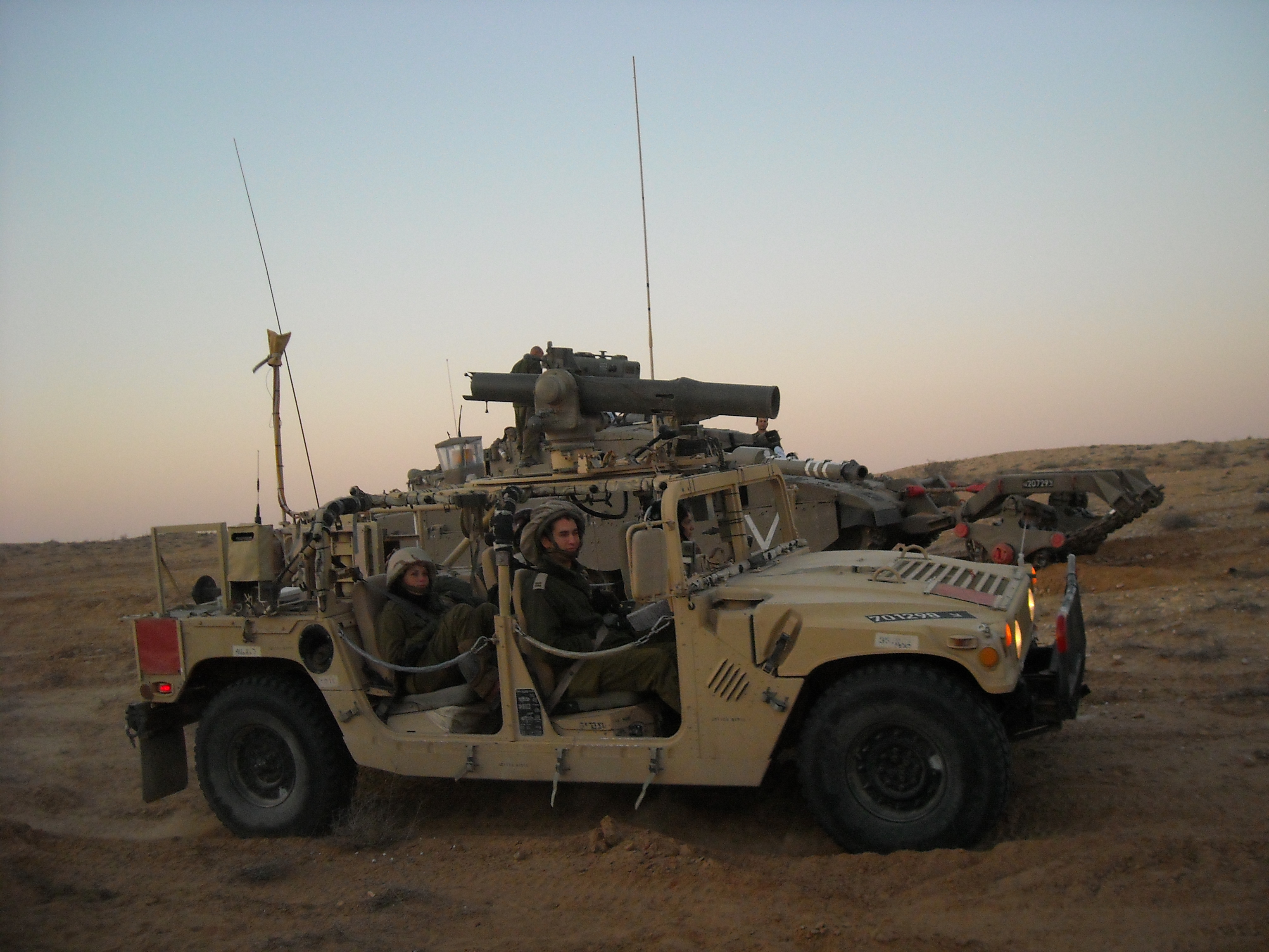 File Humvee With A Bgm 71 Tow Missile Tube Jpg Wikimedia