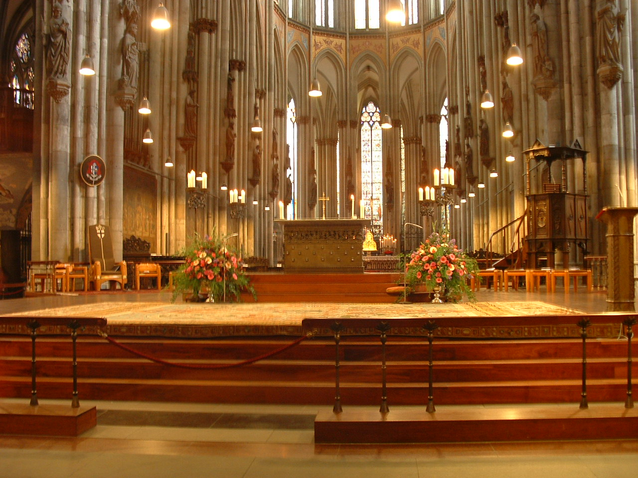 Datei Inside Cologne Cathedral Jpg Wikipedia