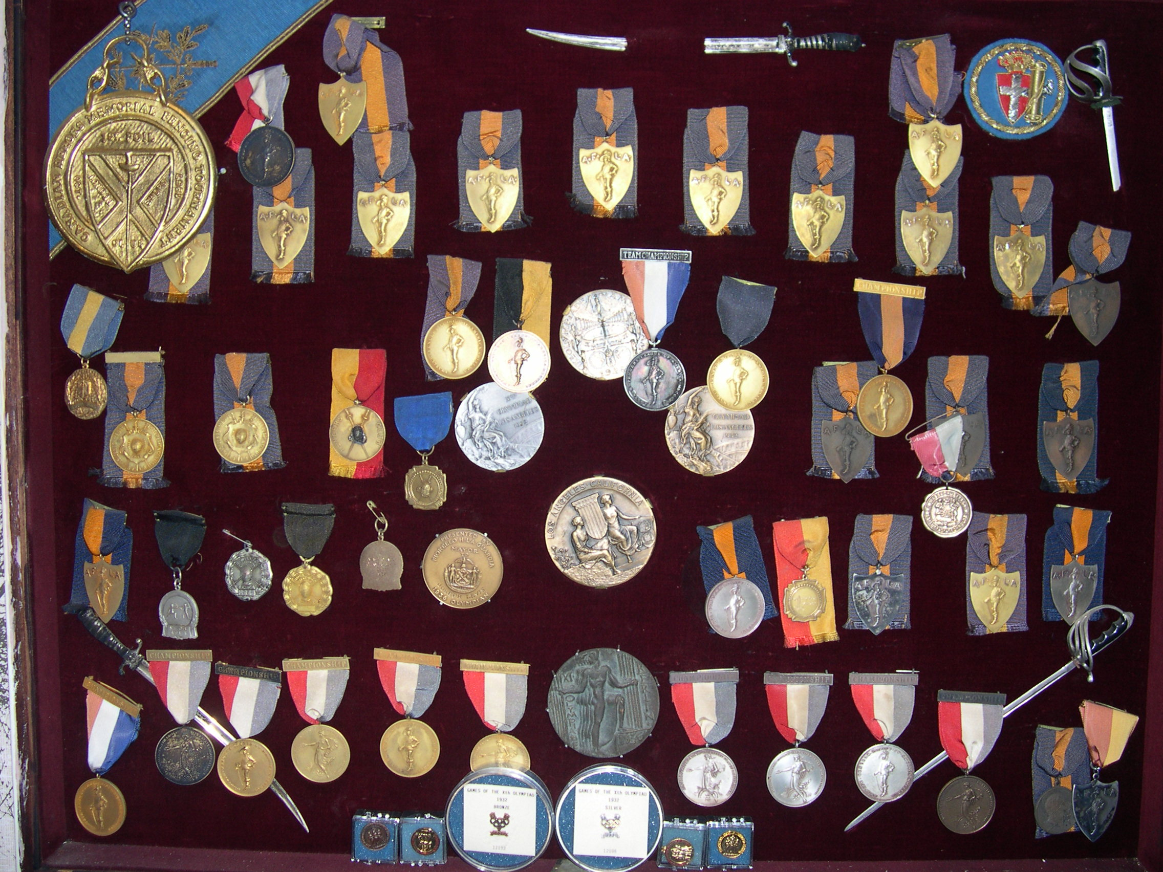 File joseph levis medal collection jpg wikimedia commons for The collection com