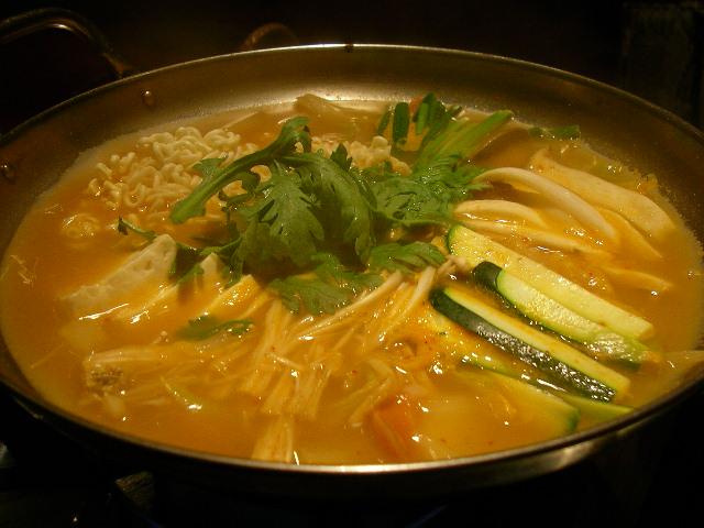 Korean.food-Budaejjigae-01