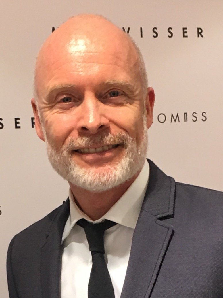 The 119-year old son of father (?) and mother(?) Mart Visser in 2018 photo. Mart Visser earned a 1.3 million dollar salary - leaving the net worth at 60 million in 2018