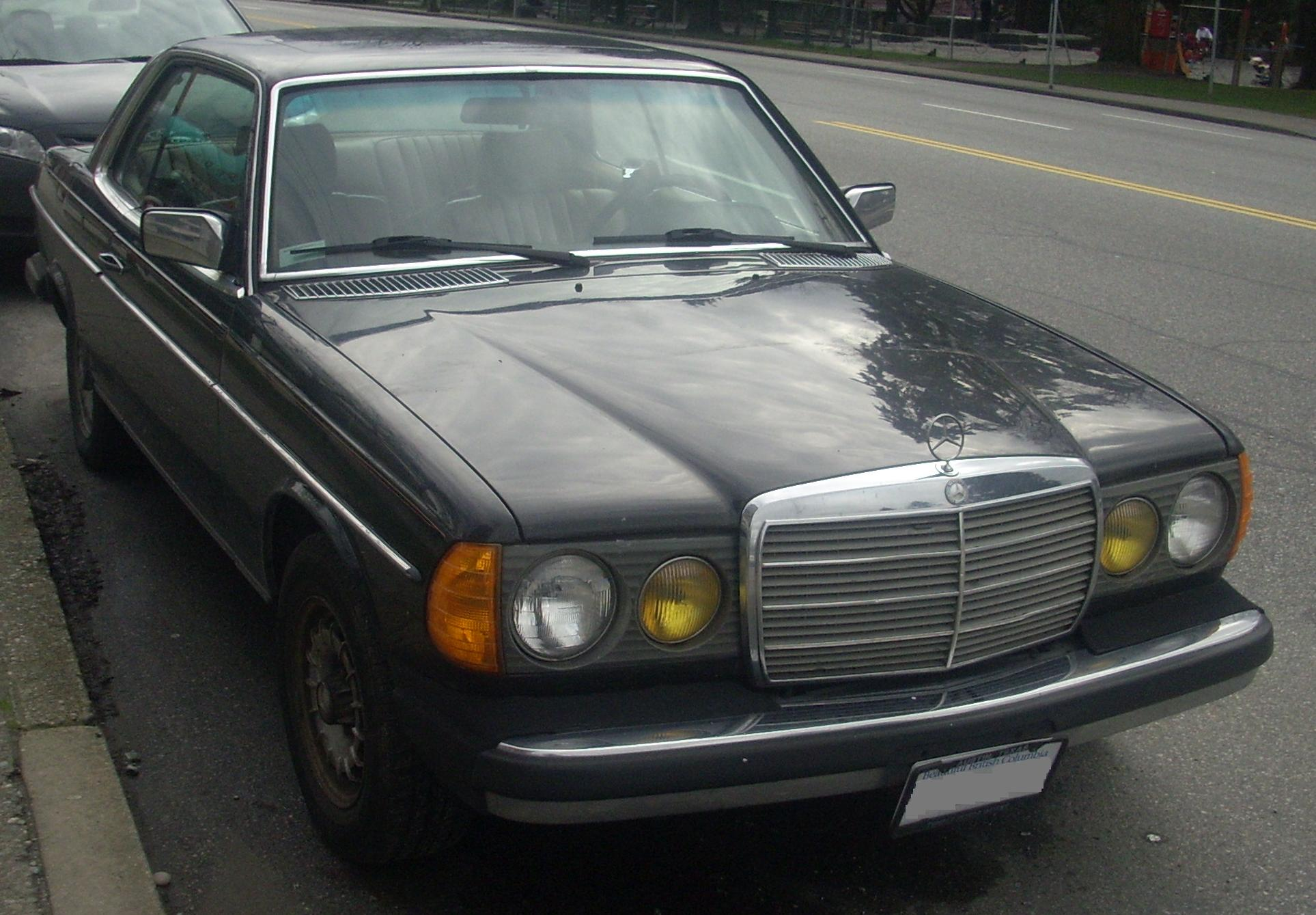File mercedes benz 300 cd wikimedia commons for Mercedes benz 300 diesel