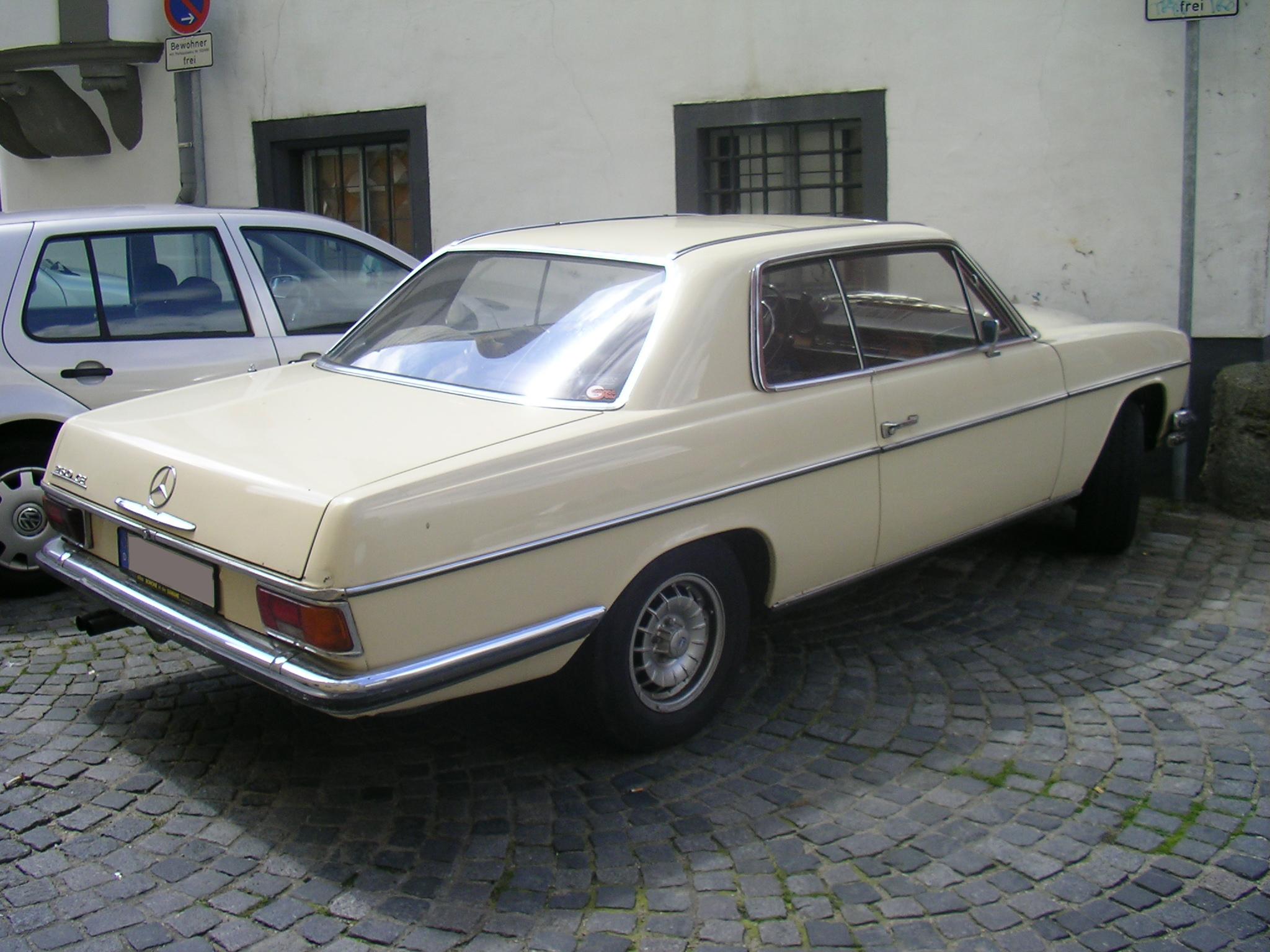 Dosya mercedes benz vikipedi for Mercedes benz 260