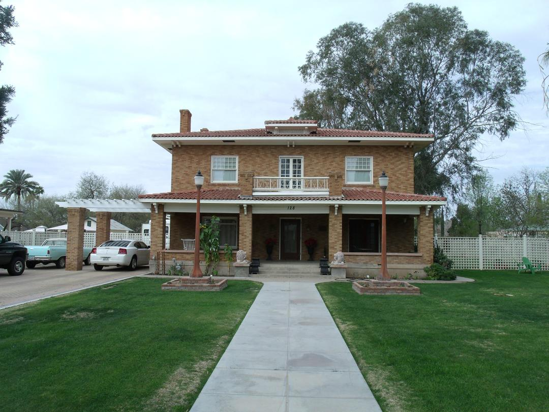 Mesa arizona familypedia fandom powered by wikia for Styles of homes built in 1900