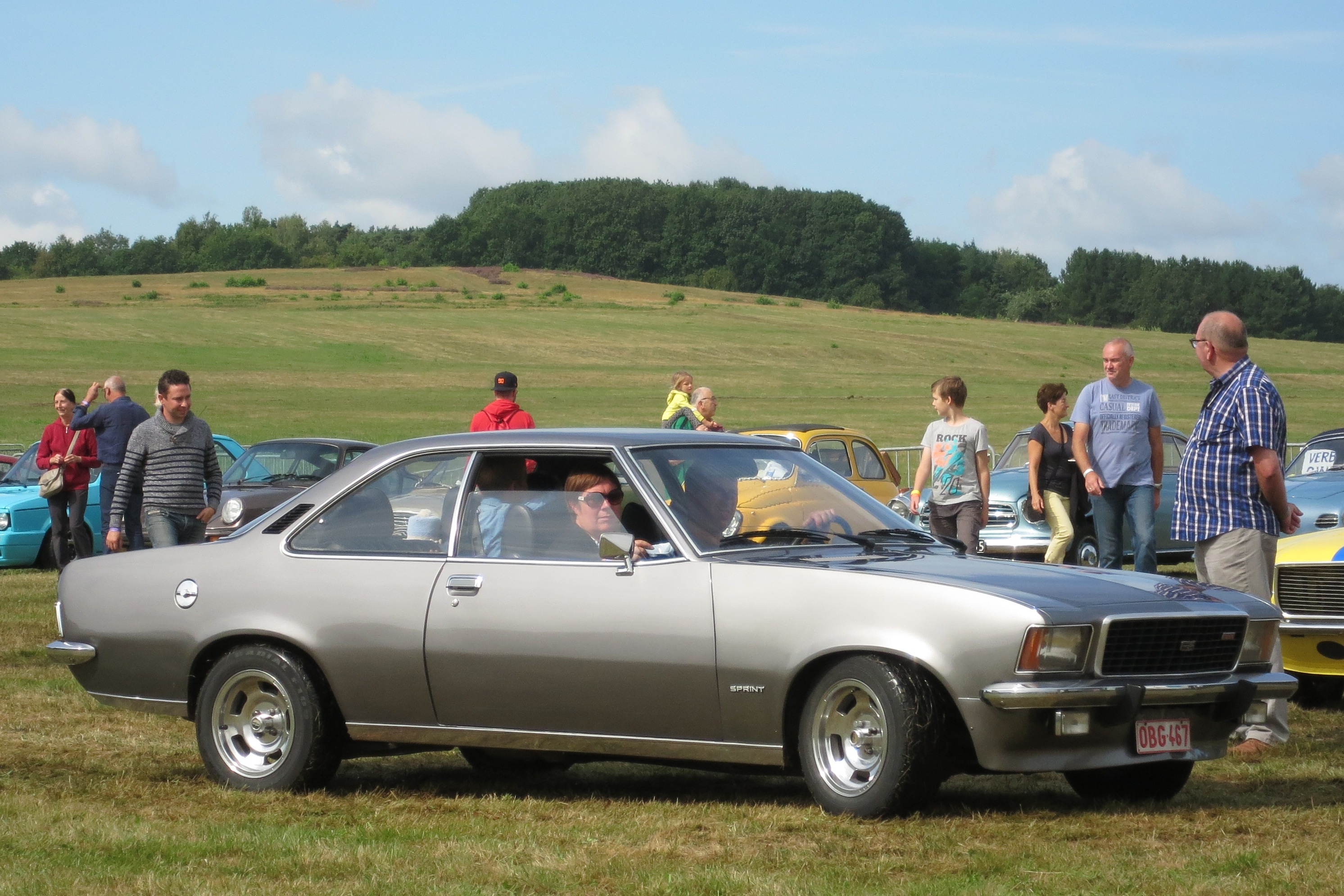 File Opel Rekord Sprint Coupe Rekord D Jpg Wikimedia Commons