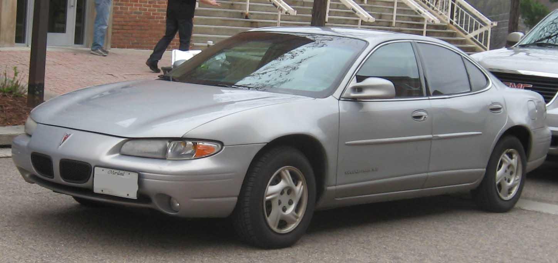 File:Pontiac Grand Prix SE sedan.jpg - Wikipedia, the free ...