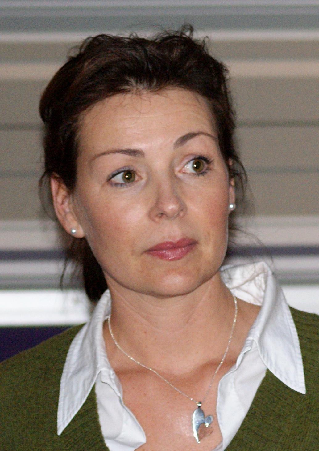 Renata Chlumska Make
