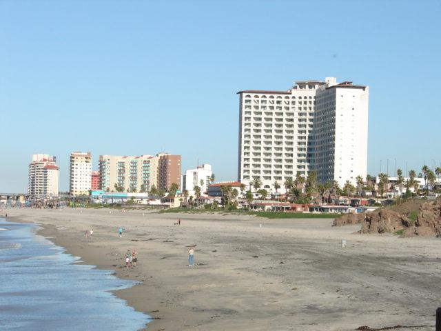 File Rosarito Beach Baja California Mexico Jpg Wikimedia Commons