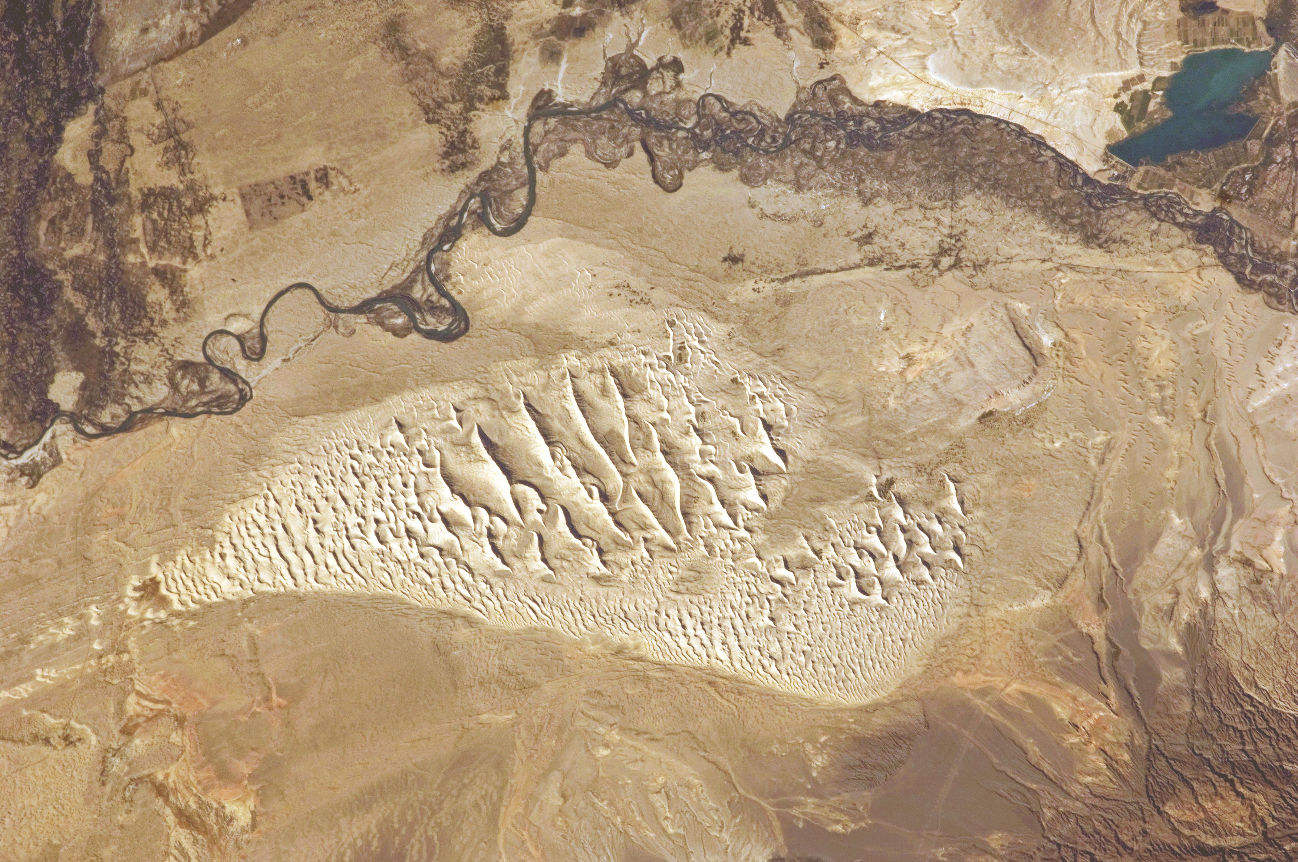 Description Sand Dunes  Junggar Basin  Northwestern China JPGJunggar Basin