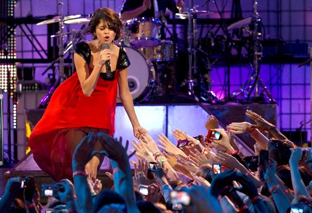File:Selena Gomez 2011 2.jpg