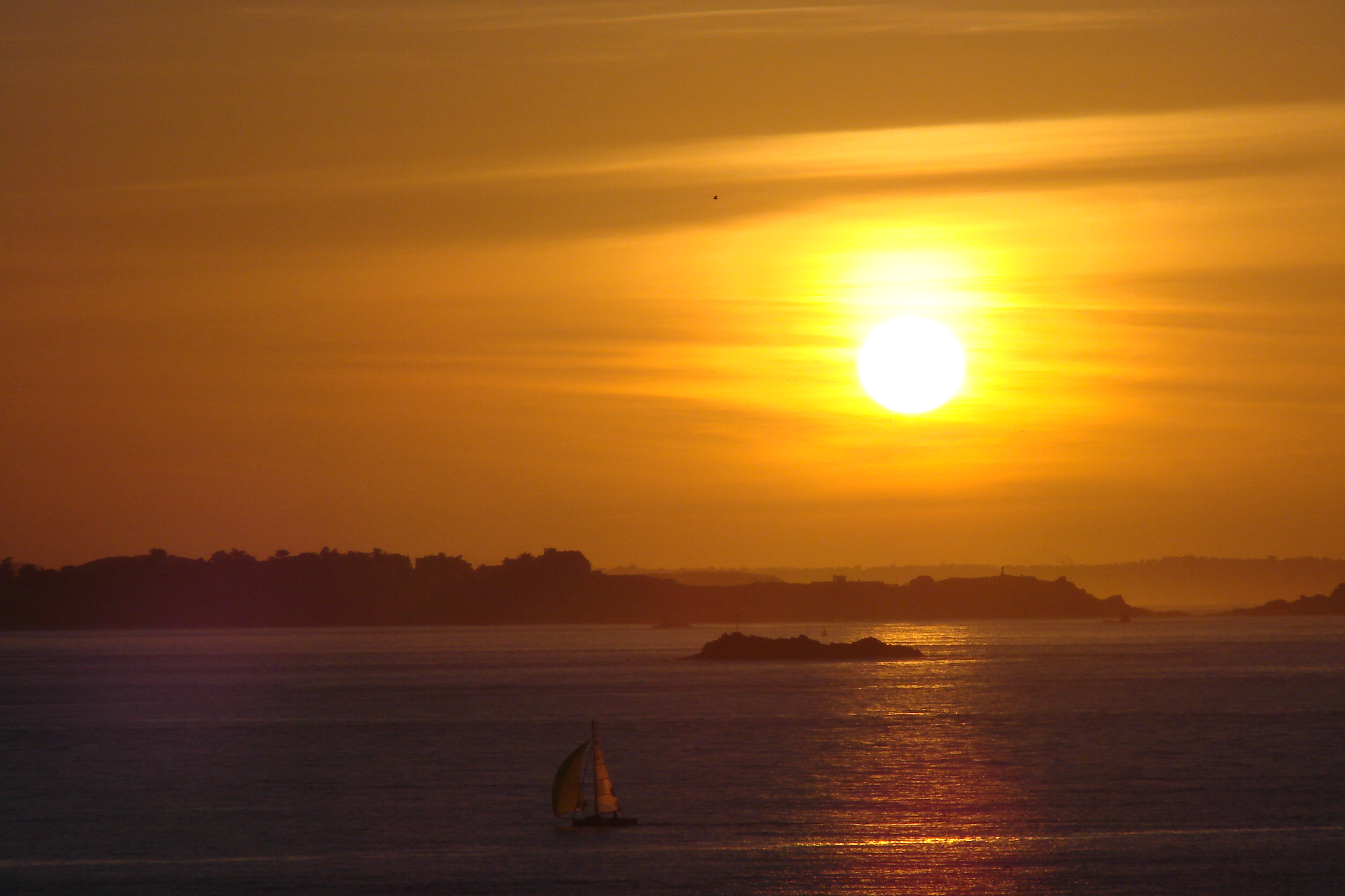 file sunset on a cool spring day in st malo france jpg