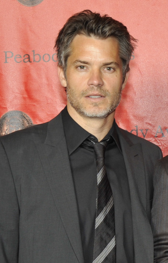The 48-year old son of father John Vernon Bevan Olyphant and mother Katherine Olyphant, 183 cm tall Timothy Olyphant in 2017 photo