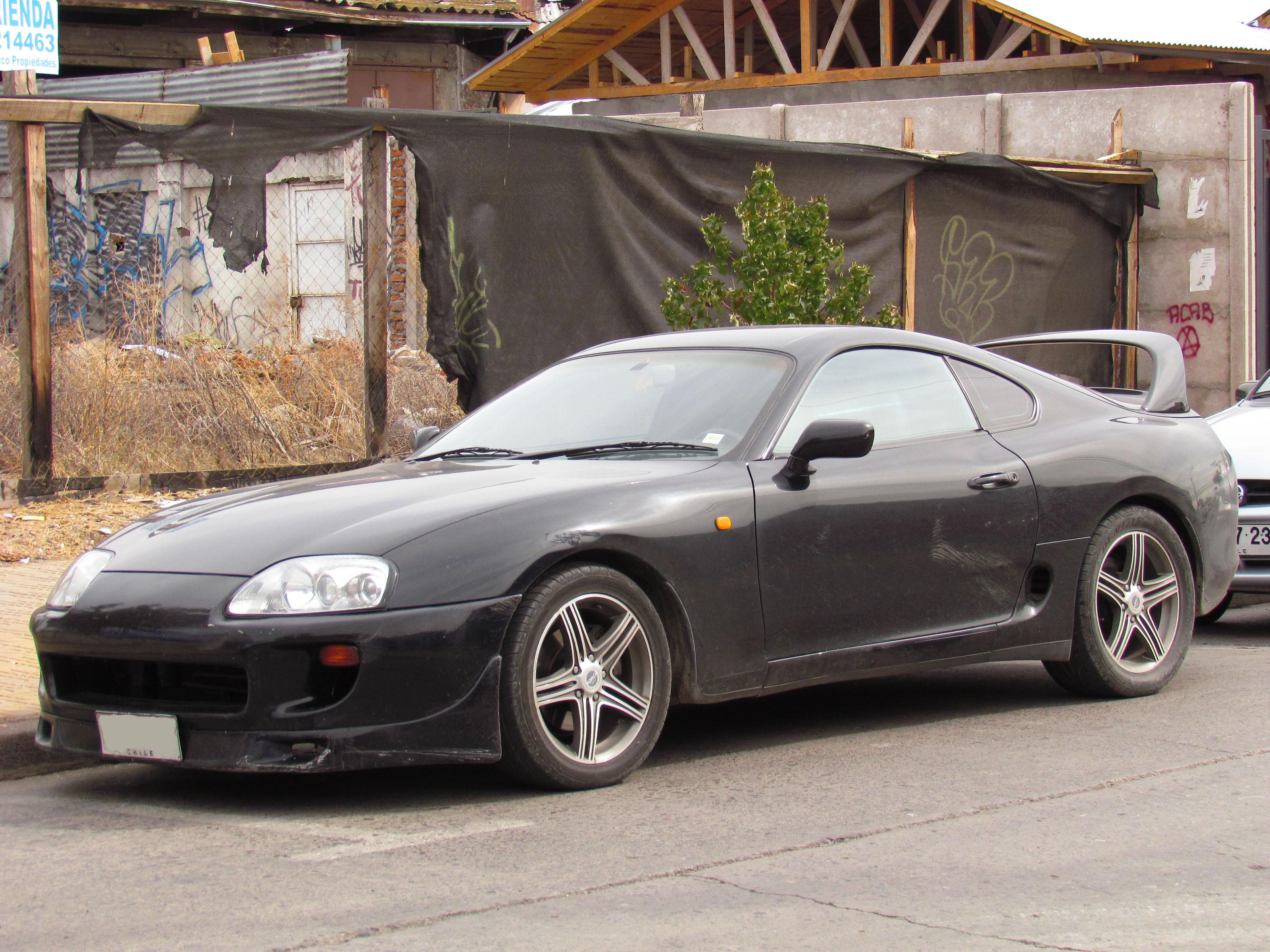File:Toyota Supra 1994 (14559830476) jpg - Wikimedia Commons