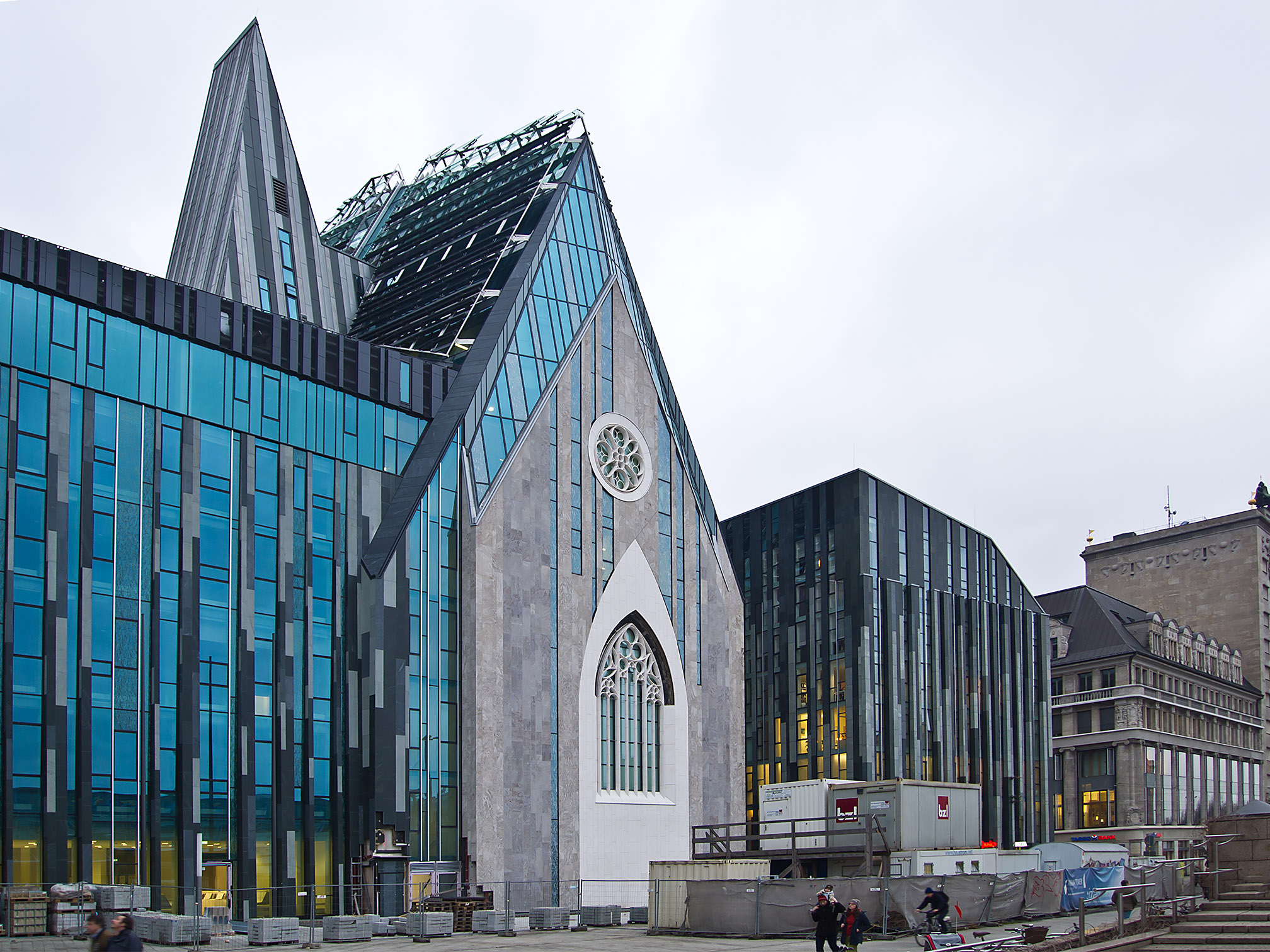 File Uni Leipzig Paulinum Universitatskirche St Pauli 216 Cvh Jpg Wikimedia Commons