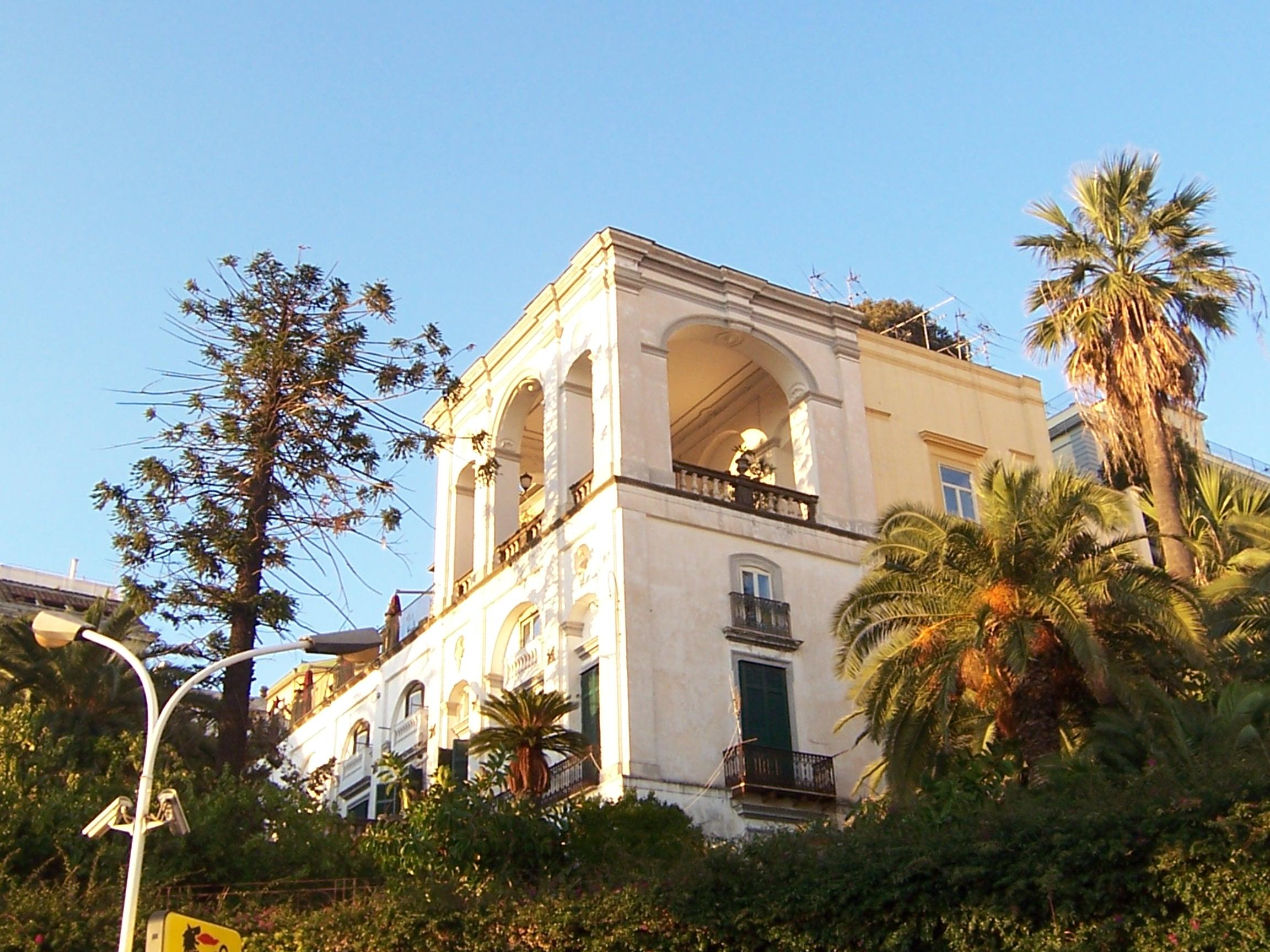 Vendesi Villa Capodimonte Napoli