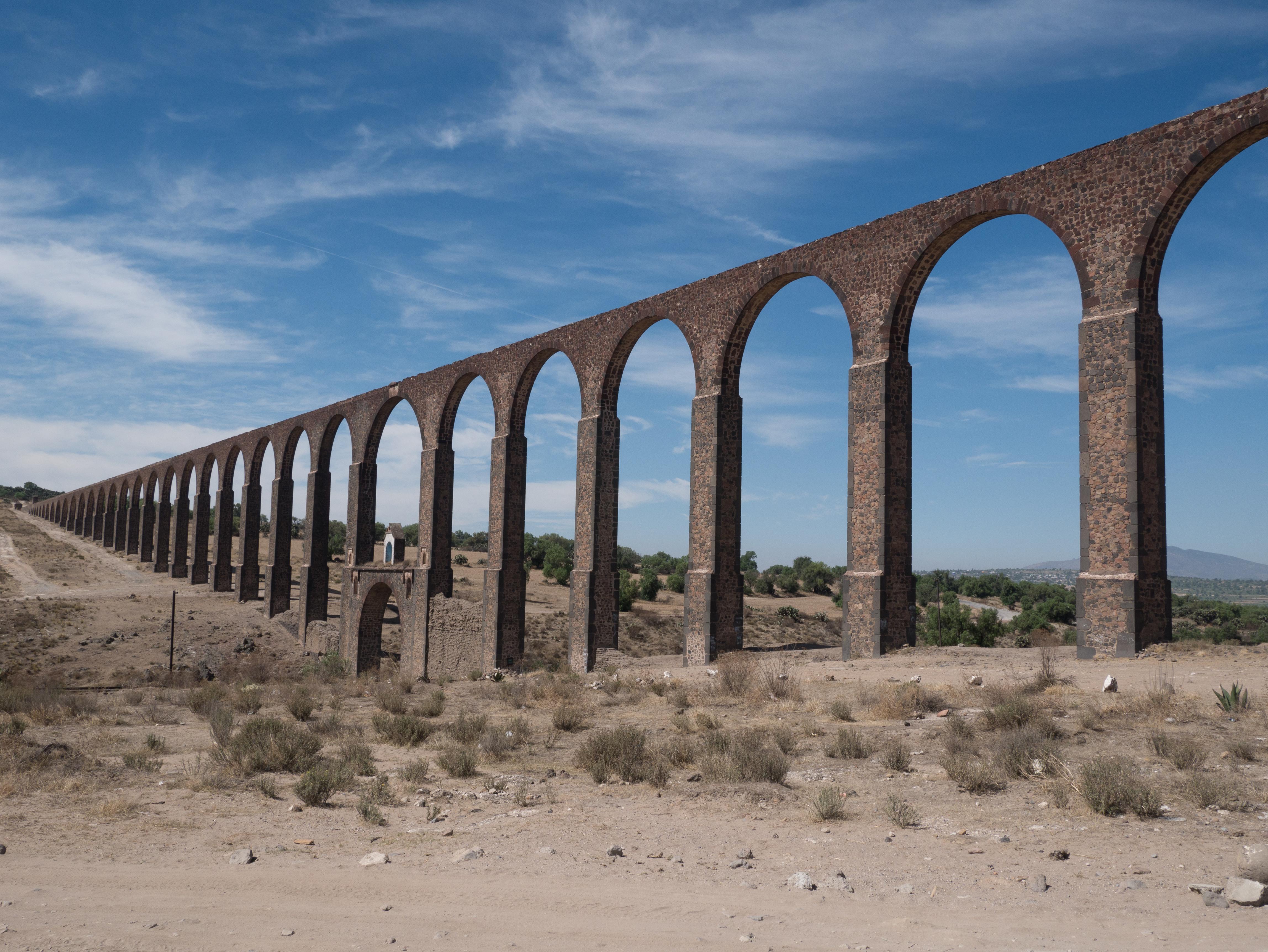 File:Zempoala Aqueduct, Acueducto del Padre Tembleque, Tepeyahualco Aqueduct ...