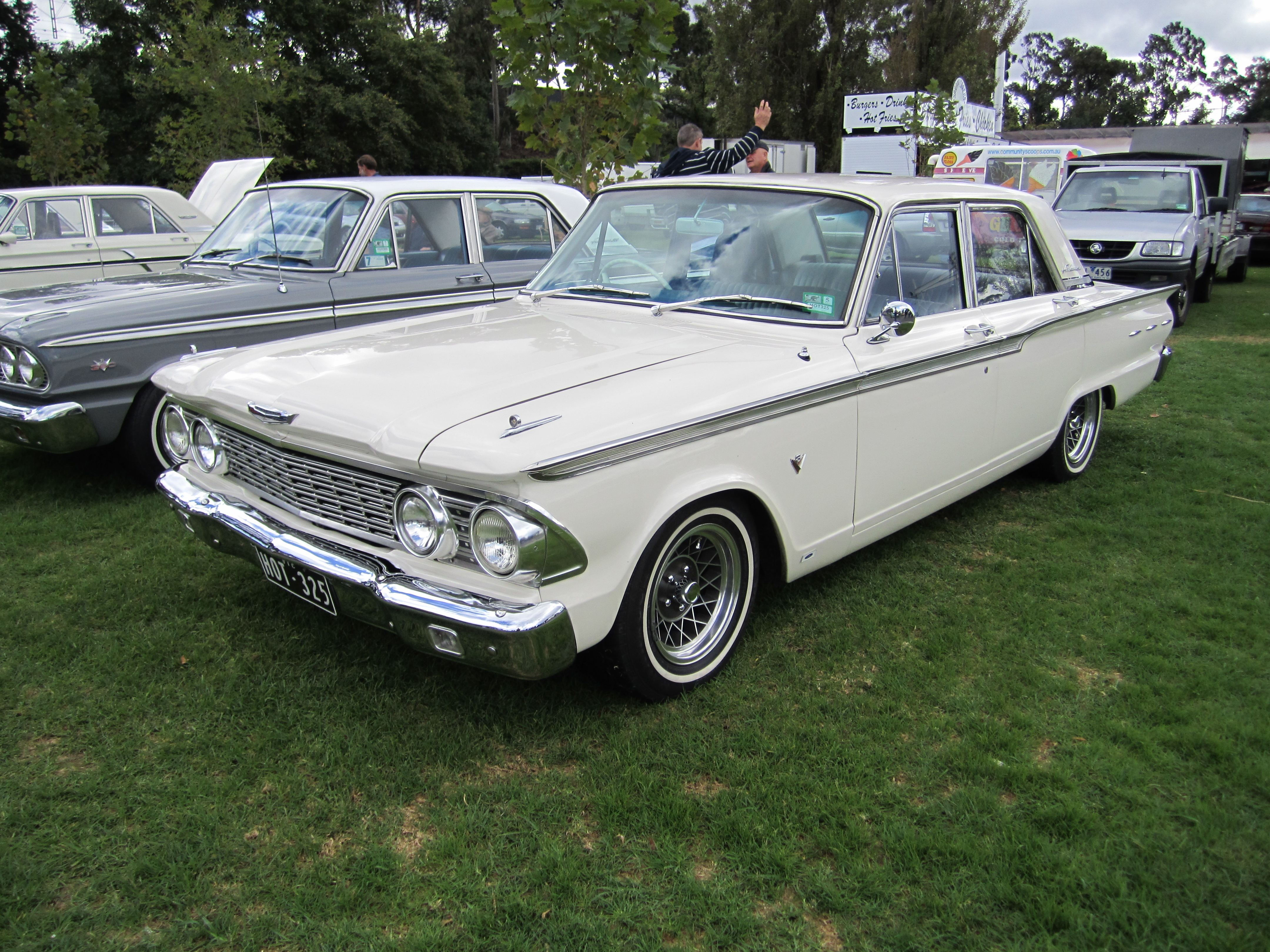 file 1962 ford fairlane 500 wikimedia commons. Black Bedroom Furniture Sets. Home Design Ideas